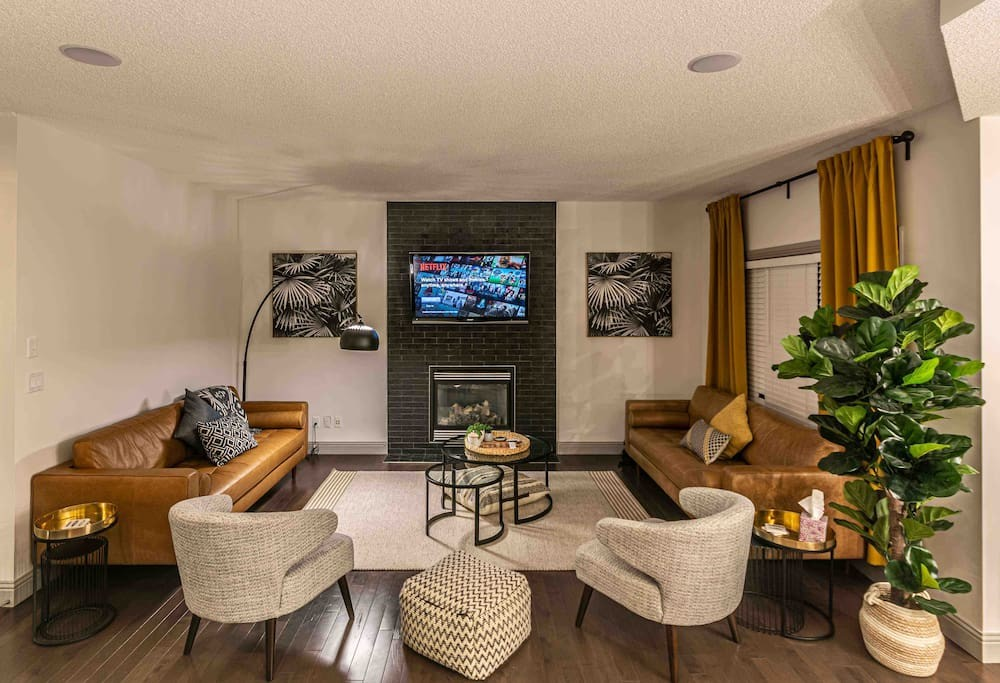 New Reno 2200 sqft, 5 Bed3 Bath Family Home (10)