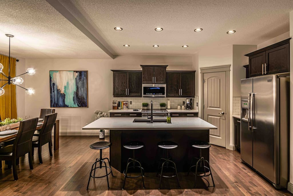 New Reno 2200 sqft, 5 Bed3 Bath Family Home (6)